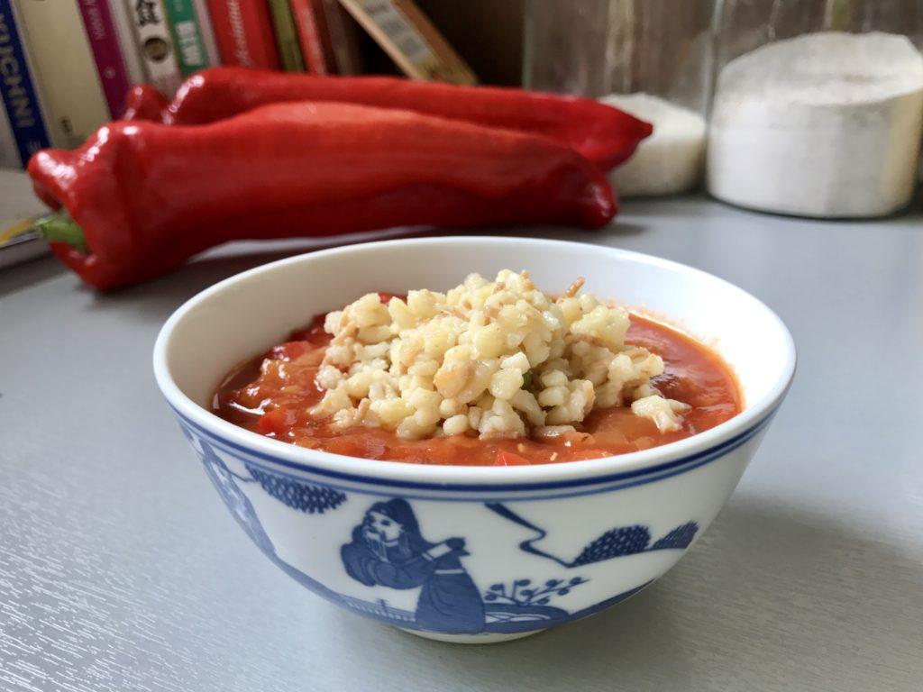 zupa pomidorowa z papryka i cukinia