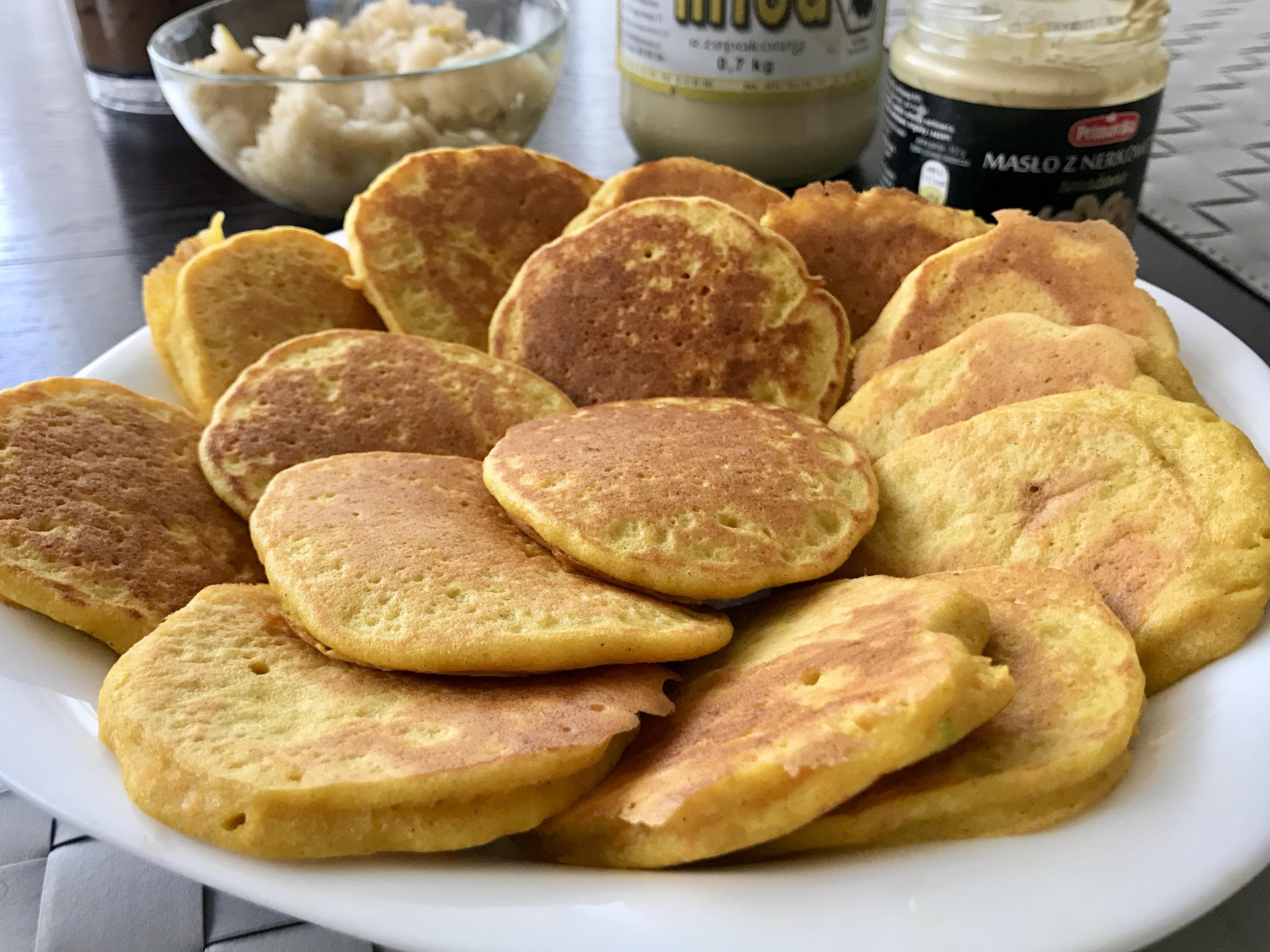 Marchewkowe racuchy z mąki orkiszowej