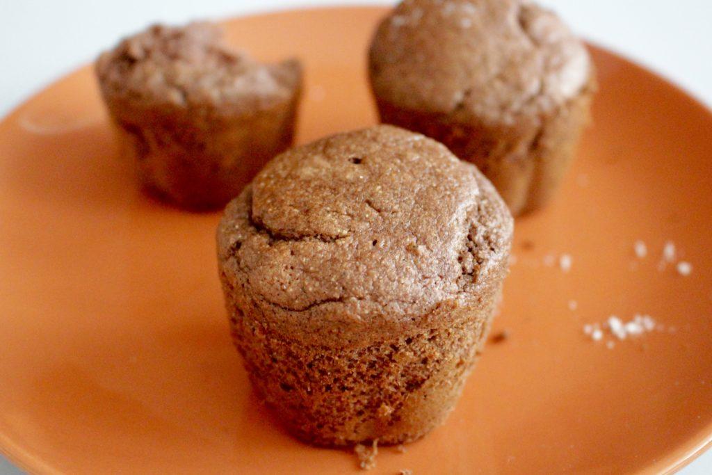 Czekoladowe muffinki bananowe. Bez mleka i glutenu