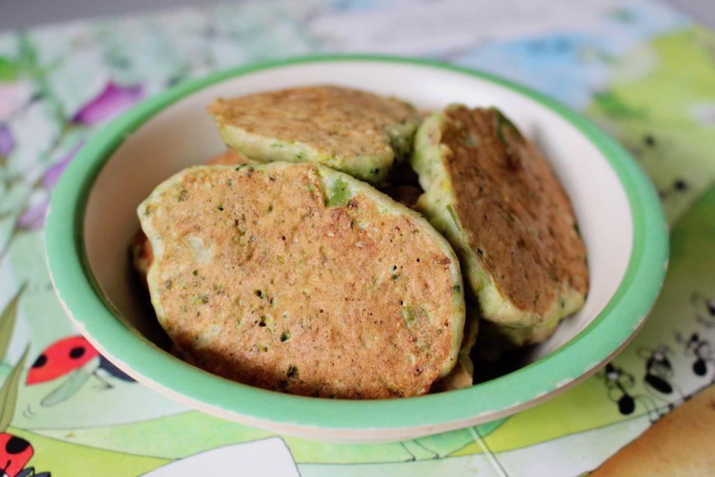 Placki z brokułowe dla dzieci BLW