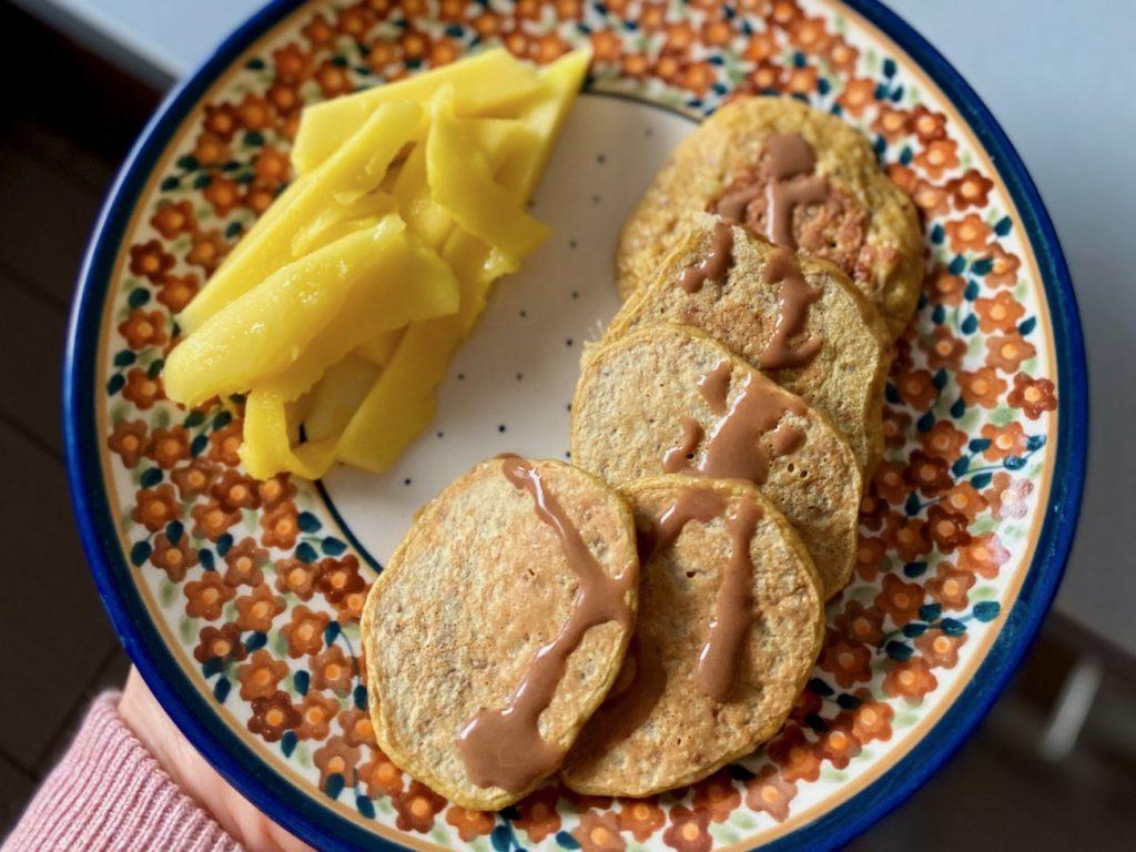 Placuszki cukiniowe z bananem i jabłkiem blw
