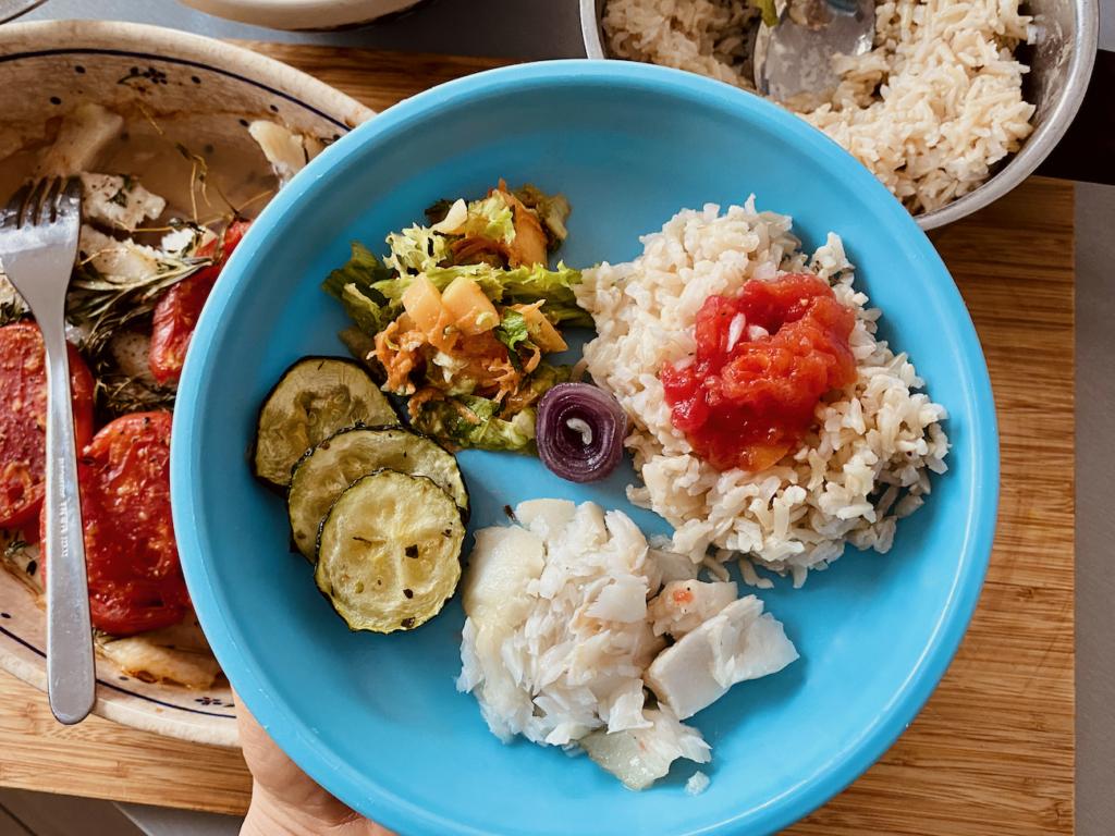 halibut z warzywami ryba dla dziecka